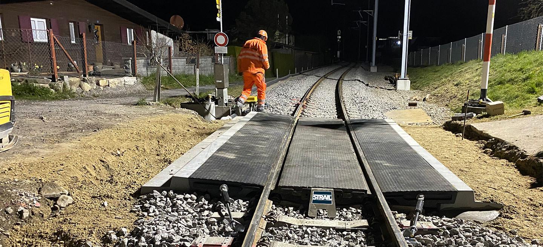 innoSTRAIL con cordolo in cemento, Svizzera