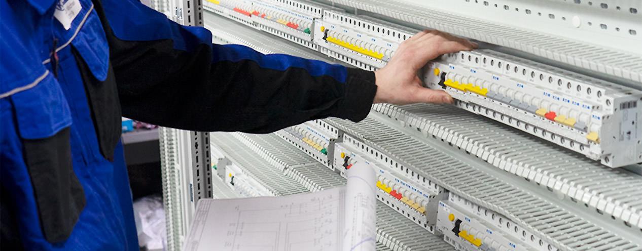Ausbildung als Elektroniker:in für Betriebstechnik
